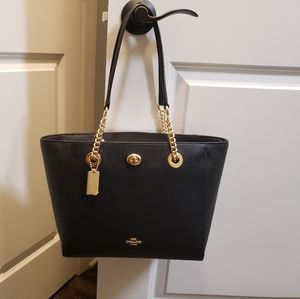 Authentic Coach Turn chain tote 27